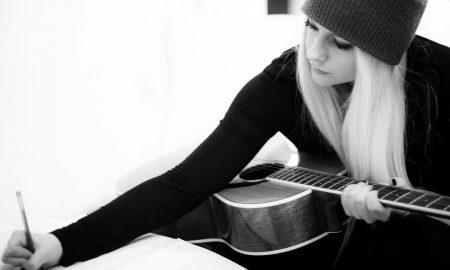 Avril Lavigne. Foto: Reprodução/Instagram.