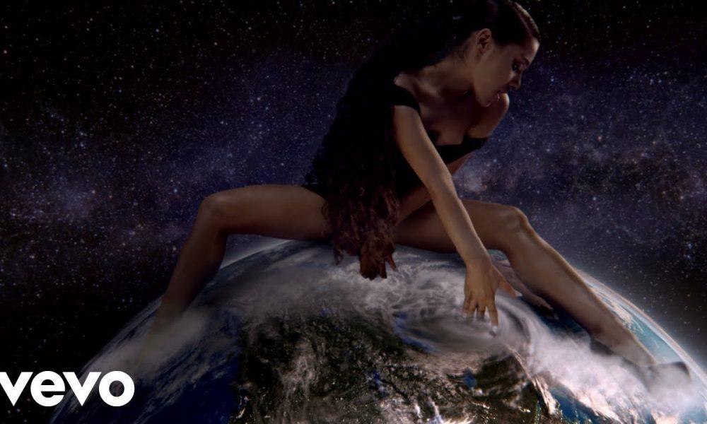Ariana Grande. Foto: Reprodução/Youtube
