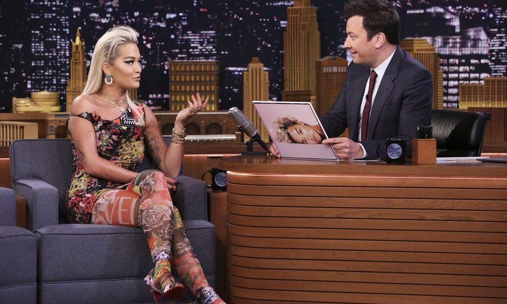 Rita Ora e Jimmy Fallon. Foto: Divulgação