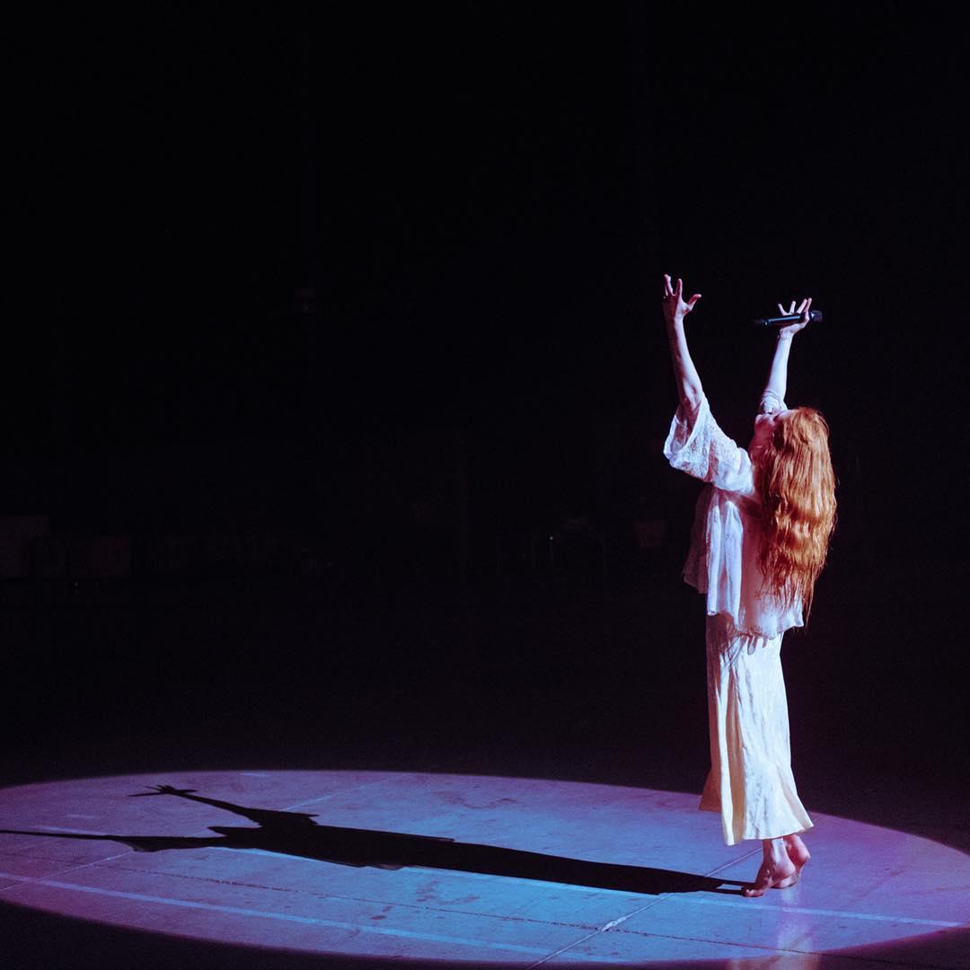 Florence + The Machine. Foto: Reprodução/Instagram (@florenceweltch)