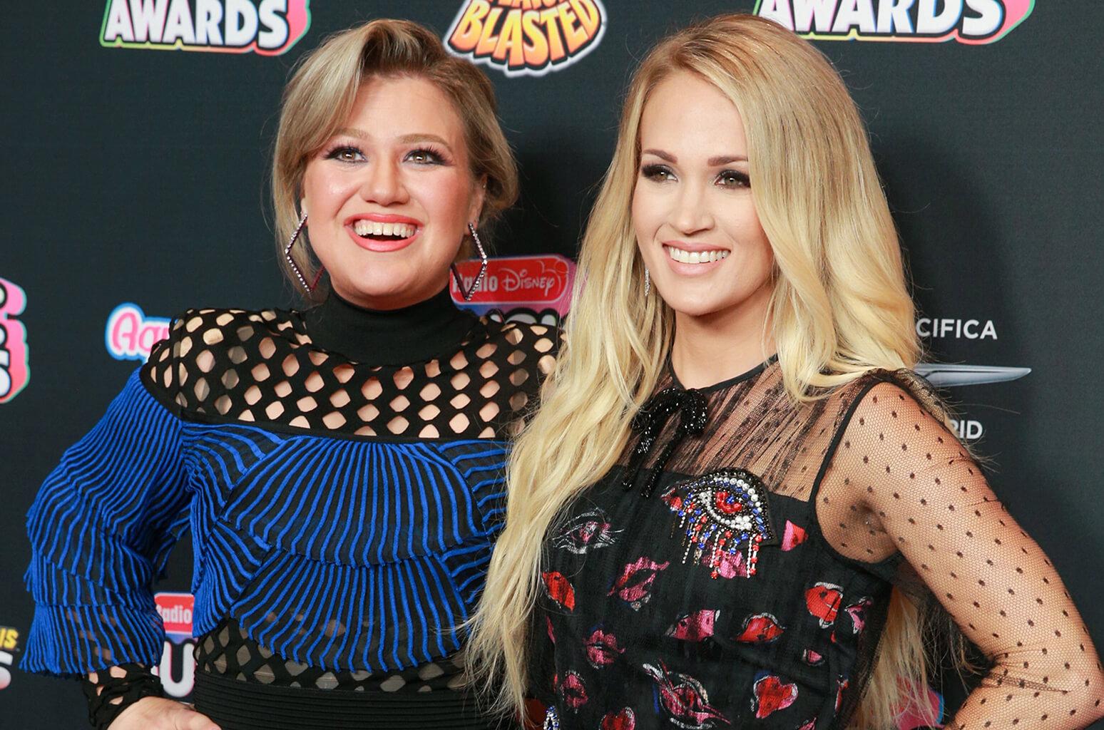 Kelly Clarkson e Carrie Underwood. Foto: Divulgação.